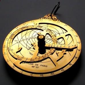 f2-astrolabe